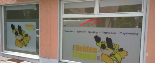 Schaufensterbeklebung für HELDENTRAGEN