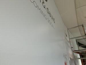 Sammelmappe1 Seite 08 300x225 - DEAN & DAVID FOOD Verklebung in der City-Galerie Augsburg
